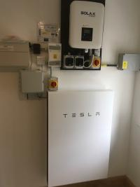 Tesla Powerwall Battery Installer
