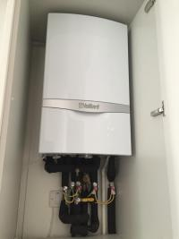 Vaillant 831 EcoTec Plus combi boiler
