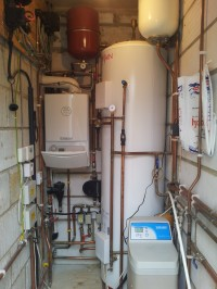 Vaillant boiler and Unvented hot water cylinder