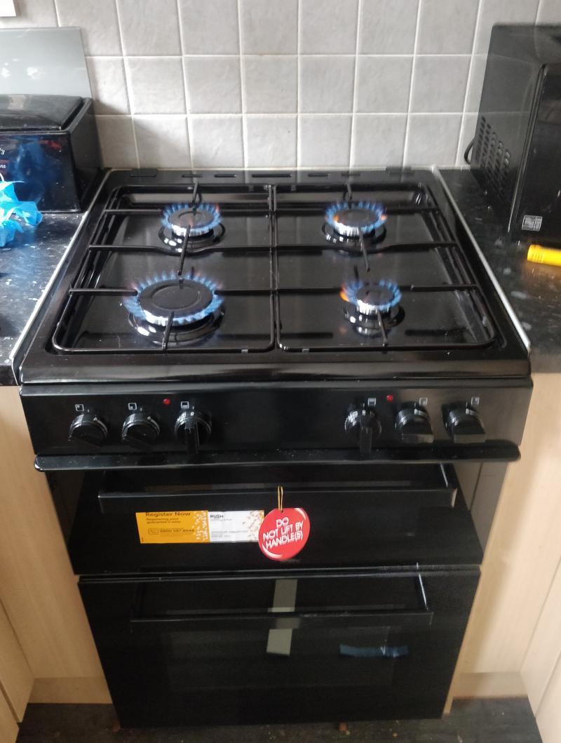 Gas cooker install
